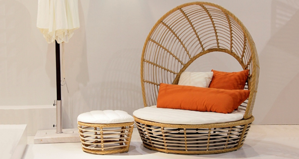 Divalla Daybed