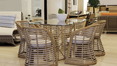 Divalla Dining Set
