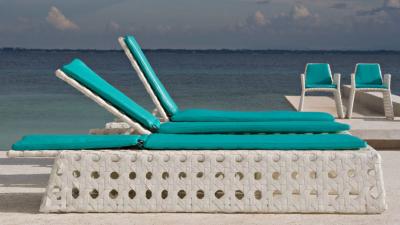Selecta Chaise Lounge