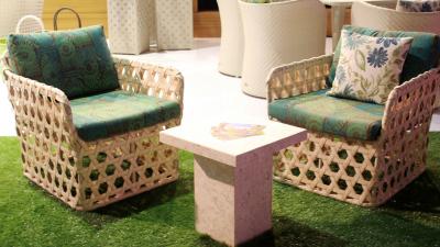 Razel Lounge Chair & Yong Side Table